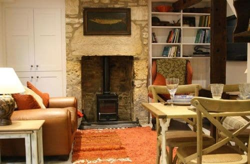 Last Minute Cottages - Lovely Winchcombe Cottage S125772