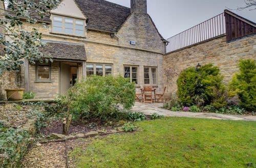 Last Minute Cottages - Wonderful Burford Cottage S125800