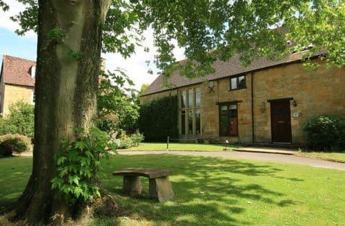 Big Cottages - Quaint Moreton In Marsh Cottage S125813