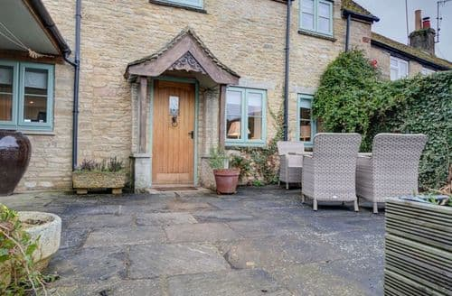 Big Cottages - Quaint Burford Cottage S125860