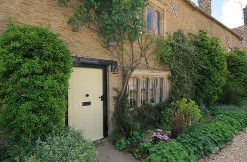 Last Minute Cottages - Splendid Burford Cottage S125925