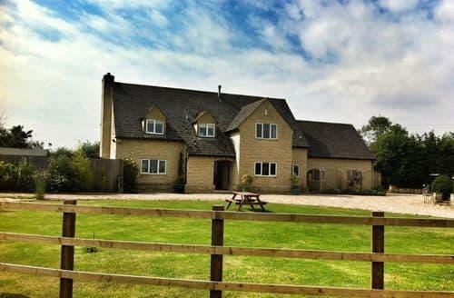 Big Cottages - Cosy Bampton Cottage S125939