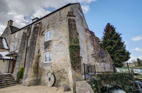Last Minute Cottages - Charming Bibury Cottage S125971