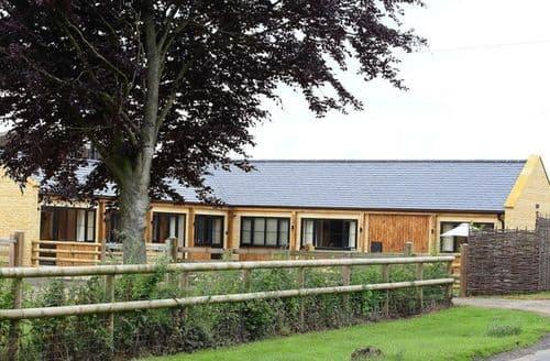 Big Cottages - Adorable Cheltenham Cottage S125974
