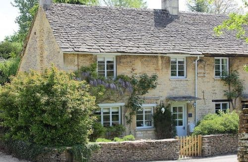 Last Minute Cottages - Exquisite Barnsley, Gloucestershire Cottage S125993