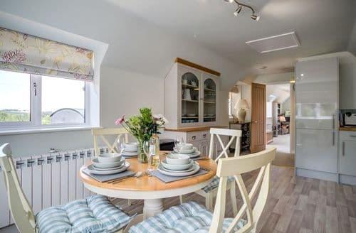 Last Minute Cottages - Superb Burford Cottage S125999