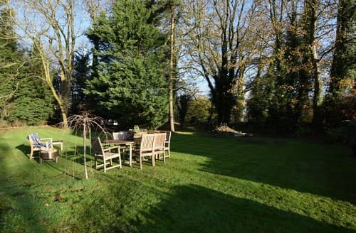 Last Minute Cottages - Stunning Clitheroe House S126080