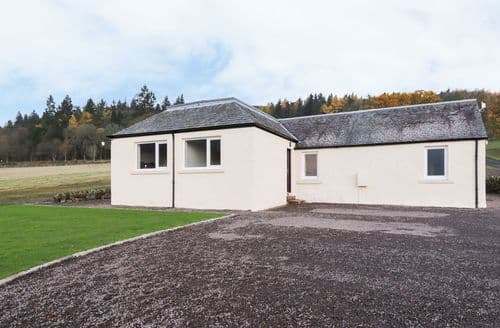Big Cottages - Stunning Newtyle Cottage S126111