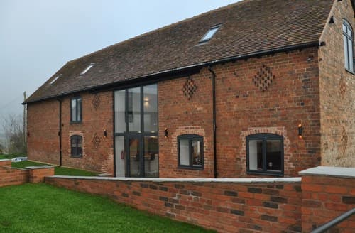 Last Minute Cottages - Stunning Kidderminster Barn S126156