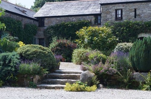 Last Minute Cottages - Badgers Sett Holiday Cottages   Rosemary S100571