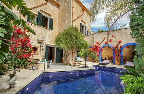 Last Minute Cottages - Casa Mallorquina