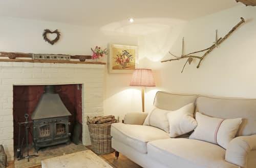 Last Minute Cottages - Lovely Hacheston Cottage S126355
