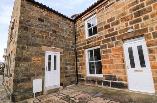 Last Minute Cottages - Splendid Castleton Cottage S126376