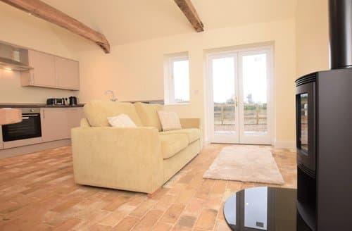 Last Minute Cottages - Attractive Sudbury Barn S126394