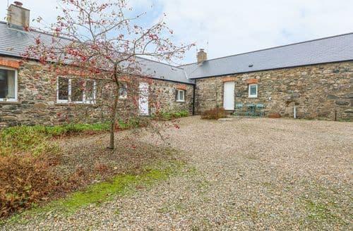 Last Minute Cottages - Superb Solva Cottage S126455