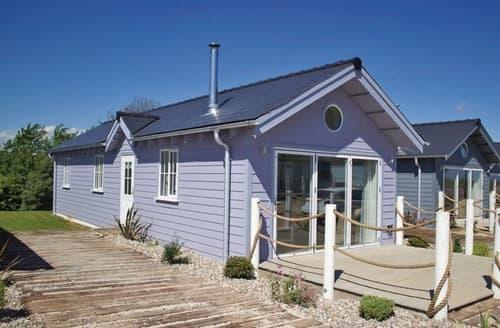 Last Minute Cottages - Gorgeous Filey Lodge S126949
