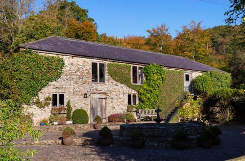 Last Minute Cottages - Hutchinghayes Barn