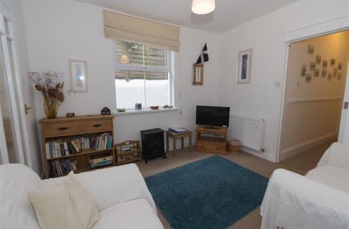 Dog Friendly Cottages - Exquisite  Apartment S127079