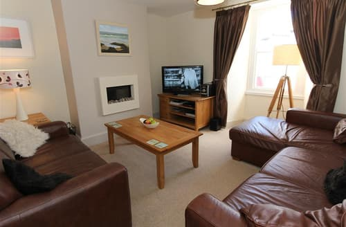 Last Minute Cottages - Inviting  Cottage S127123