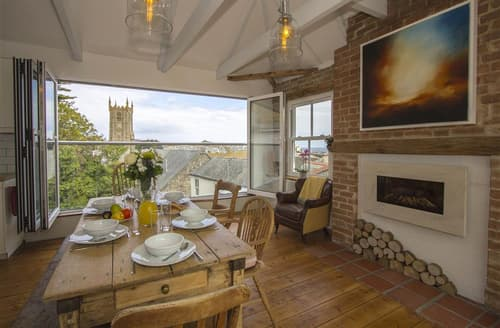 Dog Friendly Cottages - The Old Bakery Flat