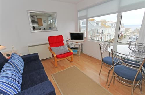 Last Minute Cottages - Flat 4, Whiterock