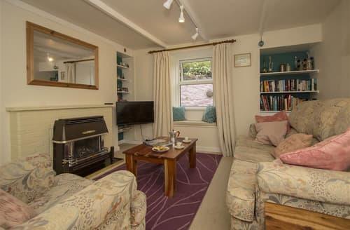 Last Minute Cottages - Cosy  Cottage S127181