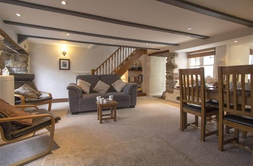 Dog Friendly Cottages - Cosy  Cottage S127218