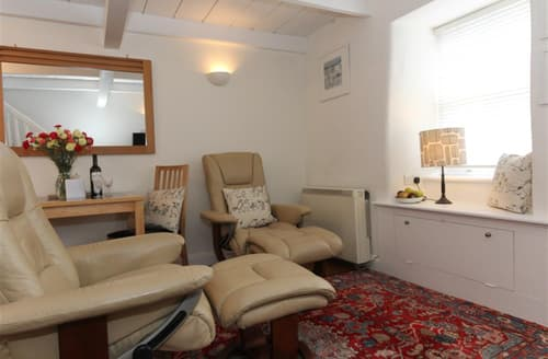 Last Minute Cottages - Inviting  Cottage S127253