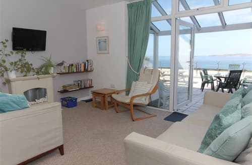 Last Minute Cottages - Luxury  Apartment S127257