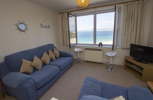 Last Minute Cottages - Beautiful  Apartment S127267