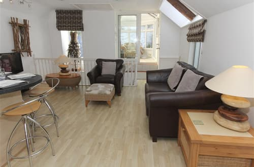 Last Minute Cottages - The Garden House, Academy Place