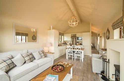 Last Minute Cottages - Superb Skirlaugh Lodge S127405