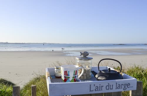Last Minute Cottages - The Beach House