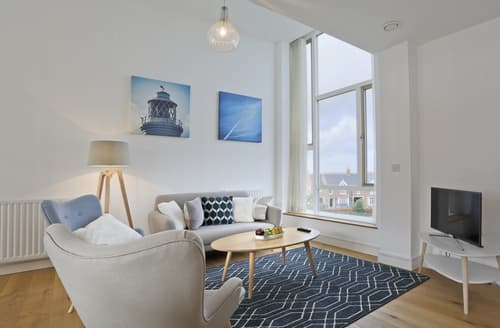Last Minute Cottages - Inviting Southwold Apartment S127637
