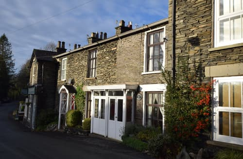Last Minute Cottages - Delightful Windermere & Bowness Cottage S127645