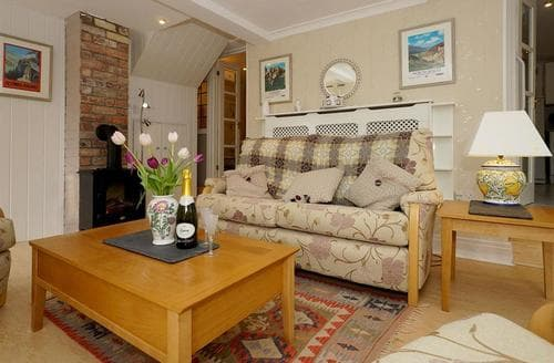 Last Minute Cottages - The Garden Rooms