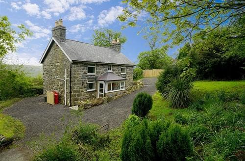 Last Minute Cottages - Wonderful Conwy Valley Cottage S26864