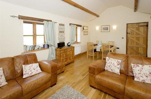 Last Minute Cottages - Pistyll Y Glo