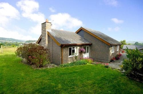 Last Minute Cottages - Adorable Conwy Valley Cottage S26904