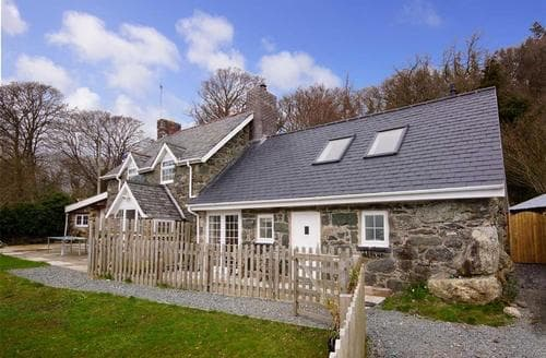 Last Minute Cottages - Gorgeous Snowdonia Cottage S26981