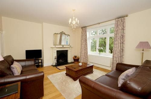 Last Minute Cottages - Is Y Coed