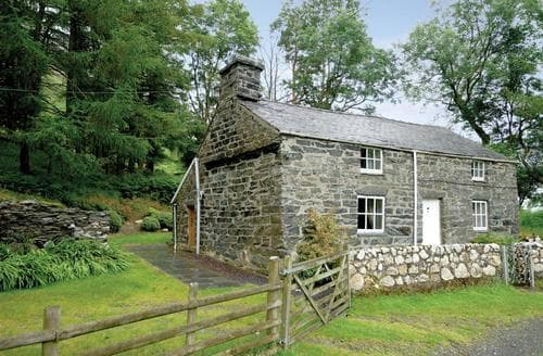 Last Minute Cottages - Exquisite Machynlleth Cottage S26871