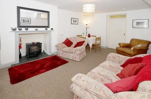 Last Minute Cottages - Lovely Snowdonia Cottage S26935