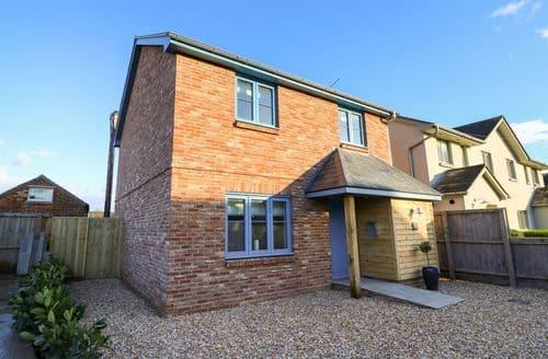 Big Cottages - Cosy Bembridge Cottage S127712