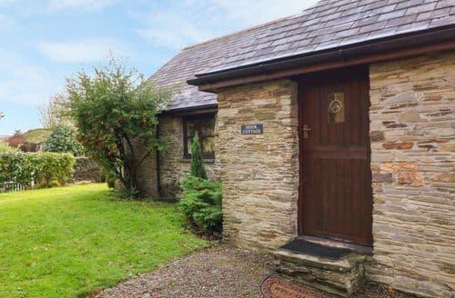 Last Minute Cottages - Hook Cottage