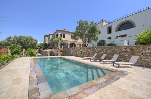 Last Minute Cottages - Villa Azucena
