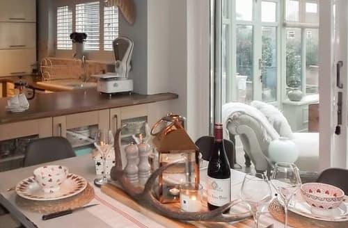 Last Minute Cottages - Beautiful Warkworth Cottage S127766