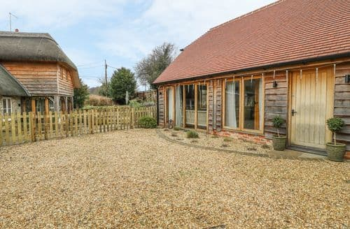 Last Minute Cottages - Captivating Warminster Cottage S127813