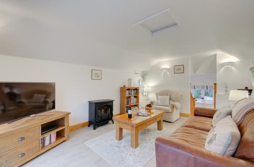 Last Minute Cottages - Merrivale Barn