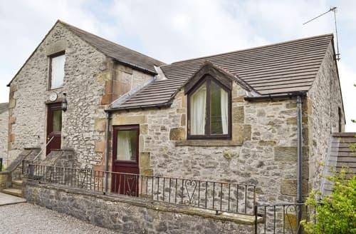 Last Minute Cottages - Charming Buxton Cottage S16511